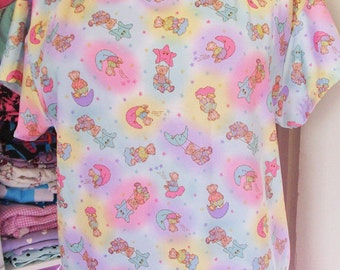 Fairy kei boxy top, teddy bear moon and stars 80s fashion oversized shirt size L Large