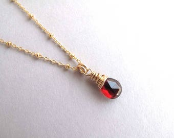 Genuine Garnet Necklace, Petite Gold Garnet Drop Necklace, January Birthstone Necklace, Gemstone Necklace, Dainty Pendant Necklace
