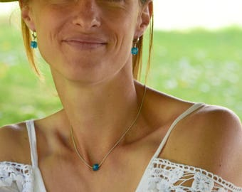 On The Beach stone and fine brass chain Choker