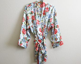 Satin Short Robe very Feminine One Size Victorias Secret