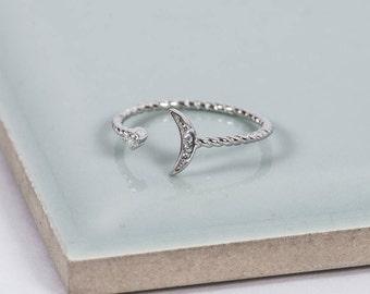 Sterling Silver Twinkle Midi Ring
