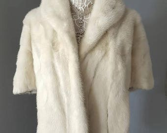 Luxury Vintage  WHITE Mink Fur Stole | Mink  Shawl  | White Fur Coat | Capelet | Cape  | Wrap | Wedding Fur | Luxury Bridal | Mink Shrug