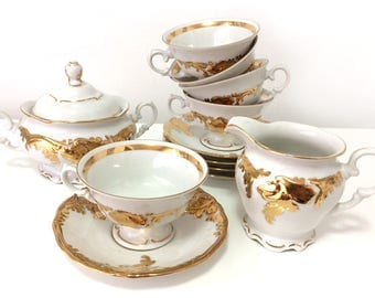 Vintage Walbrzych porcelain set of (13) creamer, sugar bowl with lid, and 5 cups and saucers, Poland