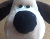 Wallace and Gromit Vintage Gromit Stuffed Cuddly Dog Soft Toy. 1989. Made by Born to Play TM. Plush Clean Condition.