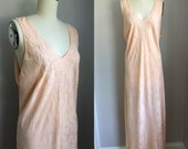 Vintage 1940's Peach Pink Embroidered Silk Nightgown Size Large