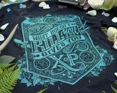What doesn't kill you gives you XP t-shirt | DnD Shirt | Tabletop Role-Playing Shirt | Dungeon Master Shirt