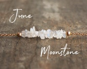 June Birthday Gifts, Moonstone Necklace, Gift for Her, Healing Crystal Necklace, Raw Moonstone Necklace, Gemstone, June Birthstone Necklace