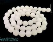Jade 8 mm white Matt 1 strand beads Round
