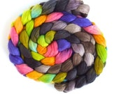 Finn Wool Hand Spinner's Roving, Hand Painted Colorway, Firefly Clothesline
