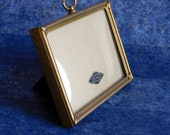 """Vintage Gold-Plated Art Deco Style Embossed Picture Frame w/ Glass - 1940s Goldtone Metal Frame - Shelf Sitter or Wall Hanger - 4"""" x 3"""""""