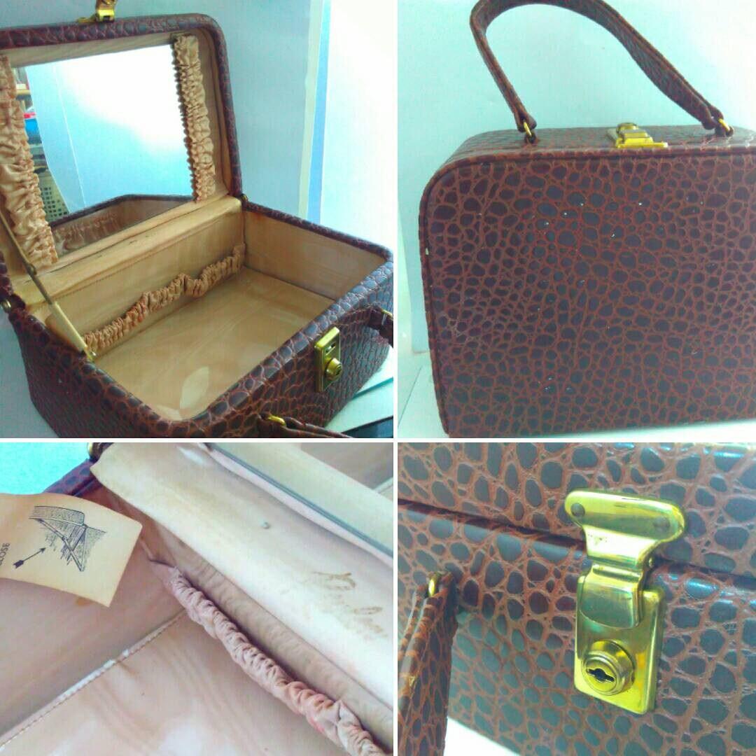 vintage 1970s 1960s REVLON vanity case vintage vanity case faux crocodile vanity case weekend luggage brown vanity case vintage luggage