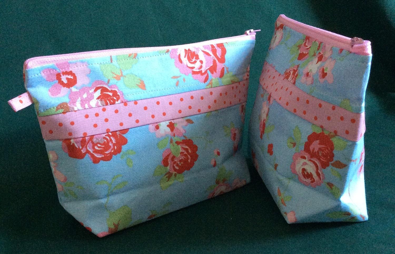 Handmade Cath Kidston Makeup Bag. Cosmetic bag. Red and orange cotton makeup bag. Ready to ship