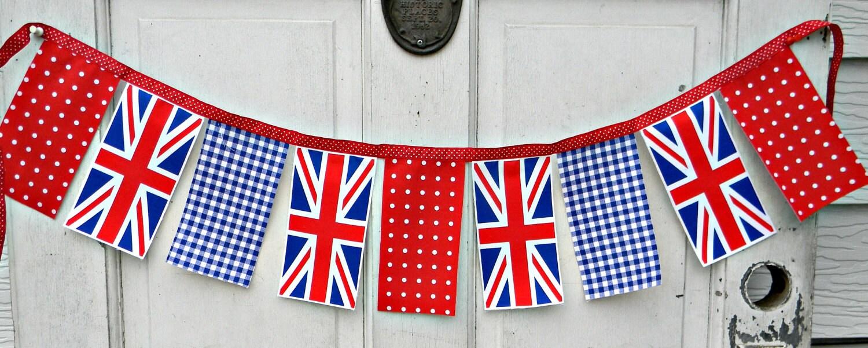 Union Jack Banner Garland