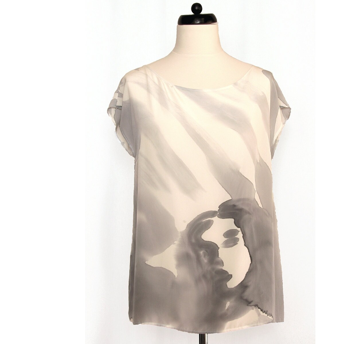 Hand painted silk blouse with a face. - DorSilk