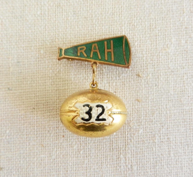 Vintage Football Pin - xvotovintage