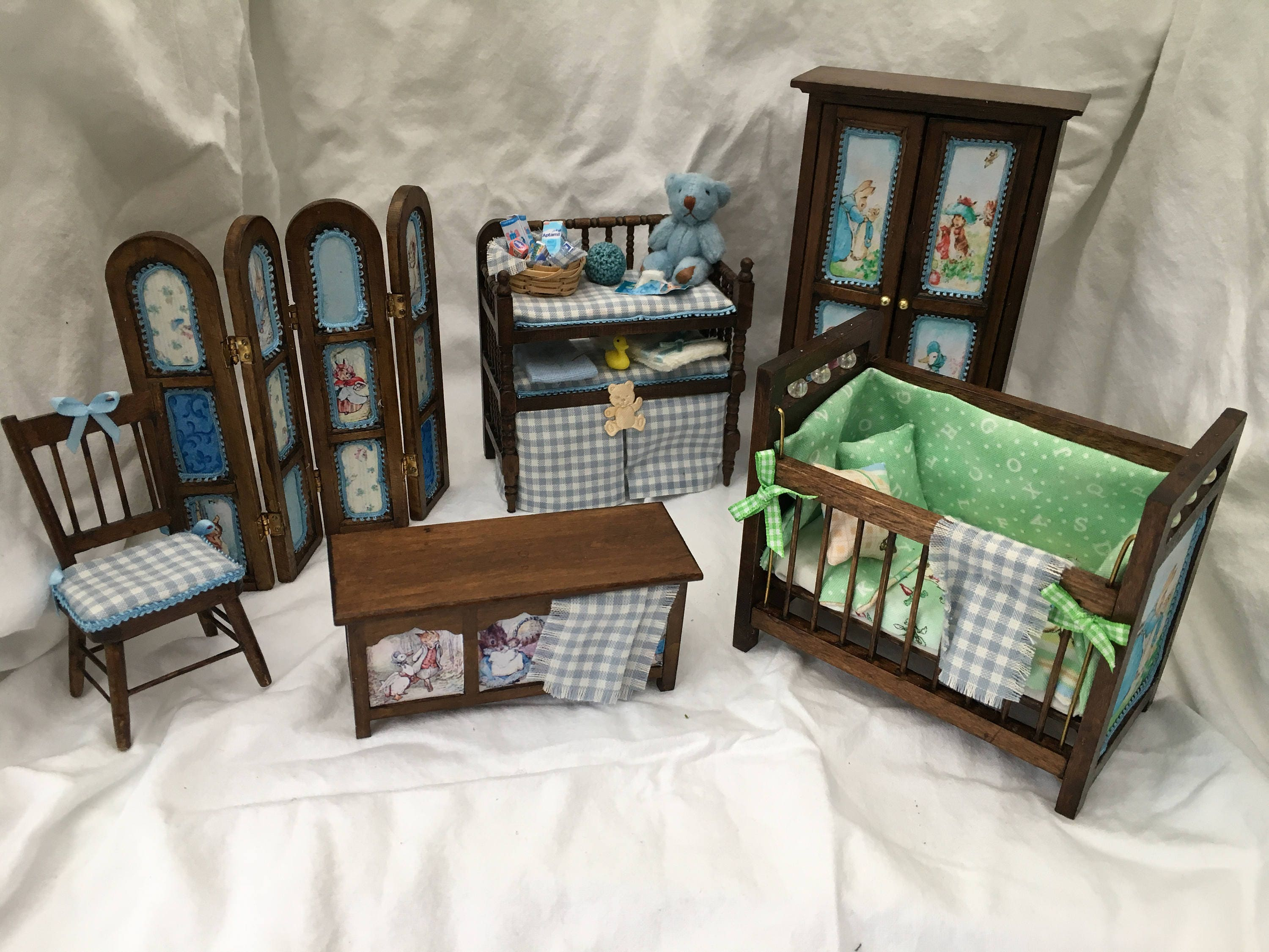 Dolls House Miniatures Peter Rabbit Bedroom Collection pink / blue NEW SPRING 2017 assorted items to choose from