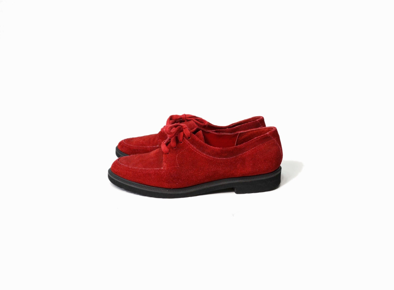 Vintage Red Suede Oxford Shoes - women's 8