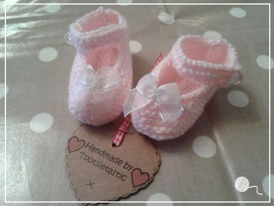 1 Pair Baby Pink Hand Knitted Baby Shoes  PreemieNewborn size only (3 inch sole)  Made by Tootsietastic  READY TO SHIP