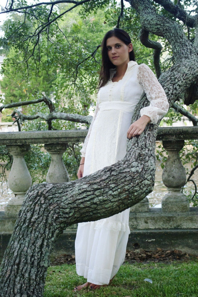 Vintage Bohemian Wedding Gown Size Small From JezebelsGypsyThread