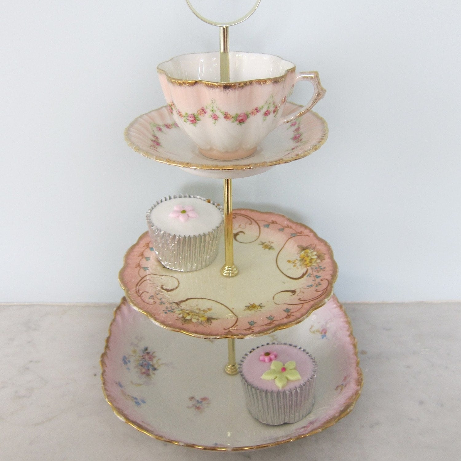 Pretty pink vintage 3 tier cake stand with teacup by teajennys for Pretty cake stands
