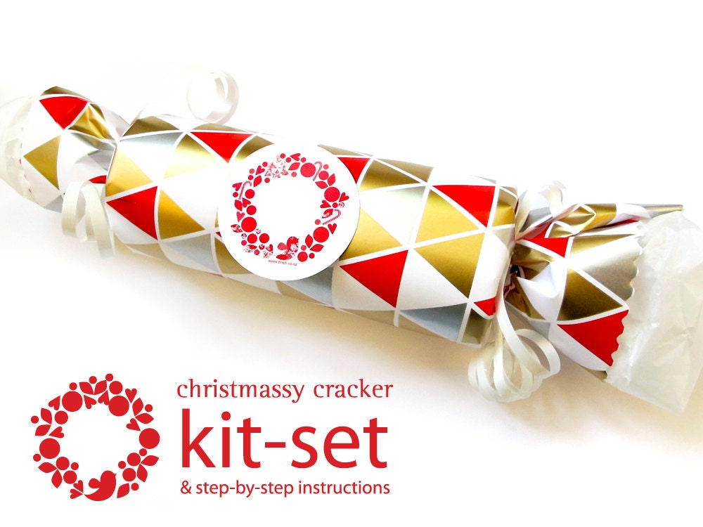 Christmas cracker kit set - Geometric red, gold, silver triangles - tinchDesignStudio