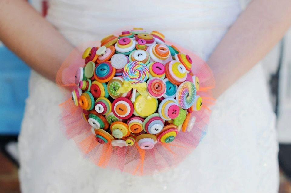 Button Bridal Bouquet Etsy : Lollipop love wedding button alternative by iheartbuttonsuk
