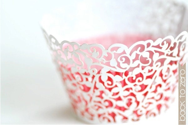 Laser Cut Lace Cupcake Wrappers - Filigree x 20 - BacktoZero