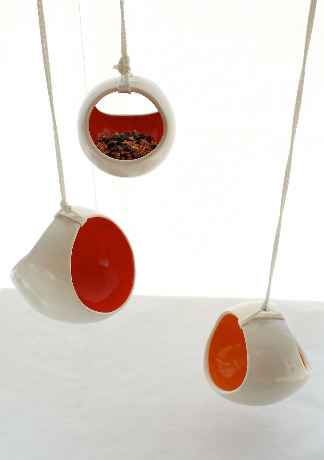 Small Basket Bird Feeder or Hanging Planter - LandMstudio