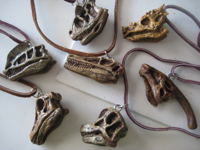 DINOSAUR SKULL Necklace SET Plastic All 11 including Triceratops, T Rex, U S Free Shipping, Dino - ChinnyFlynny