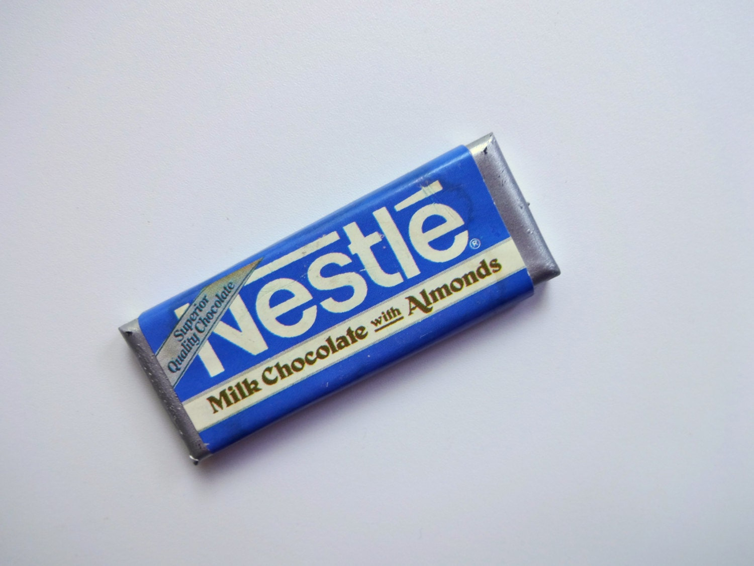 Vintage Nestle Milk Chocolate Candy Bar Fridge MagnetNestle Milk Chocolate Bar