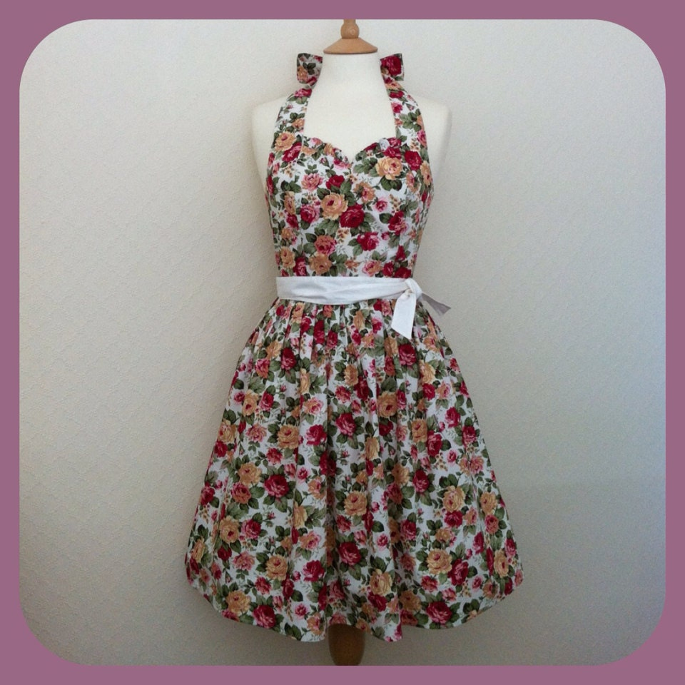 New Retro Dress, MEDIUM SIZE, vintage dark pink roses floral pattern on a white fabric, fully lined