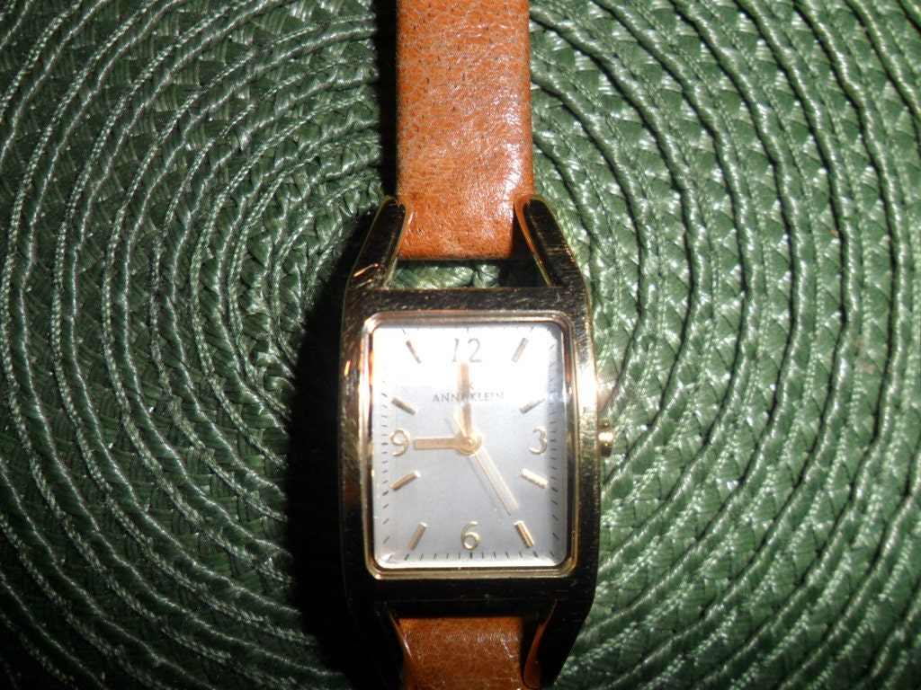 Vintage anne klein gold face wristwatch with tan by pandbtreasures for Anne klein y121e