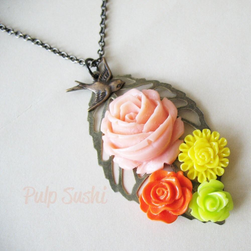 Flower Bouquet Necklace - Tropical Mix - pulpsushi