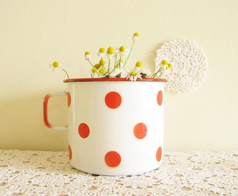 polka dot mug