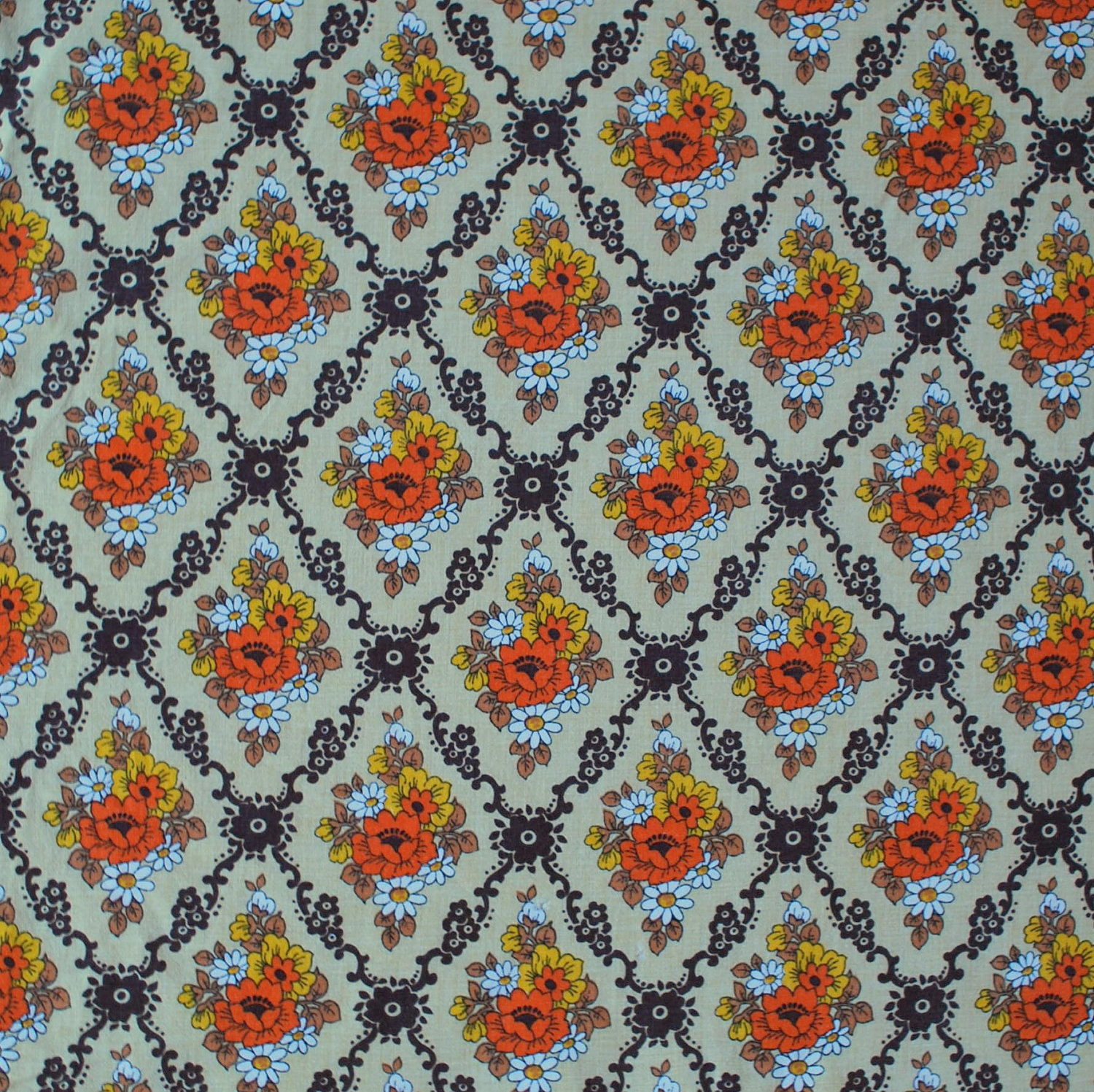 Vintage floral fabric FQ by Patternlike on Etsy - photo#3