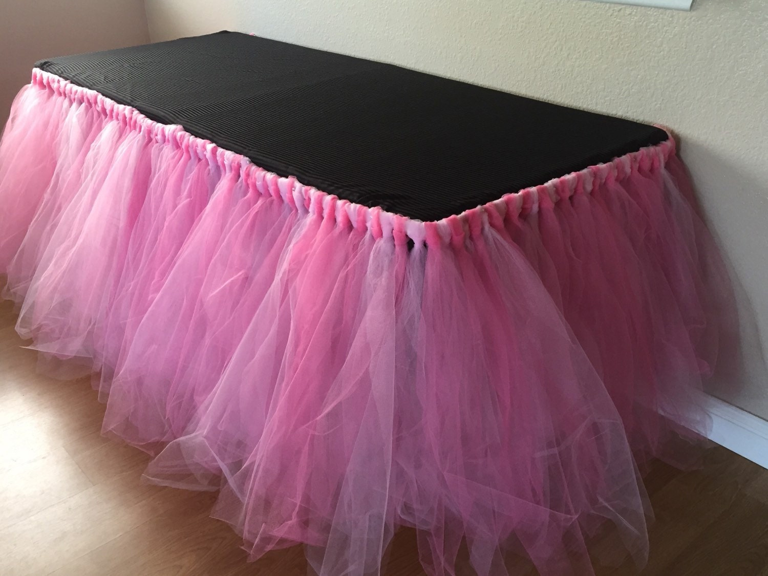 how to make a sewn tulle table skirt
