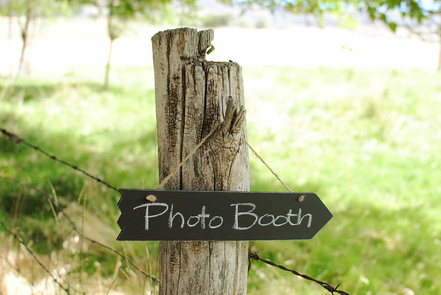 Medium Arrow Chalk Board Sign (2 Sided)- For your Rustic, Country, Woodland, Outdoor, Black and White Damask Wedding Reception - RiverRoadRustics
