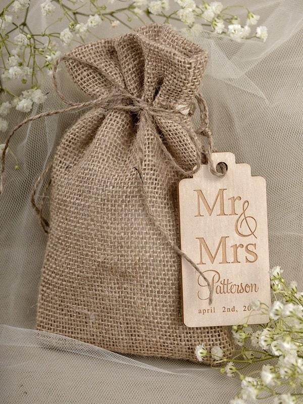 Wedding Gift Bags Burlap : Rustic Burlap Wedding Favor Bag , Birds IN love Wedding Favor Bags ...