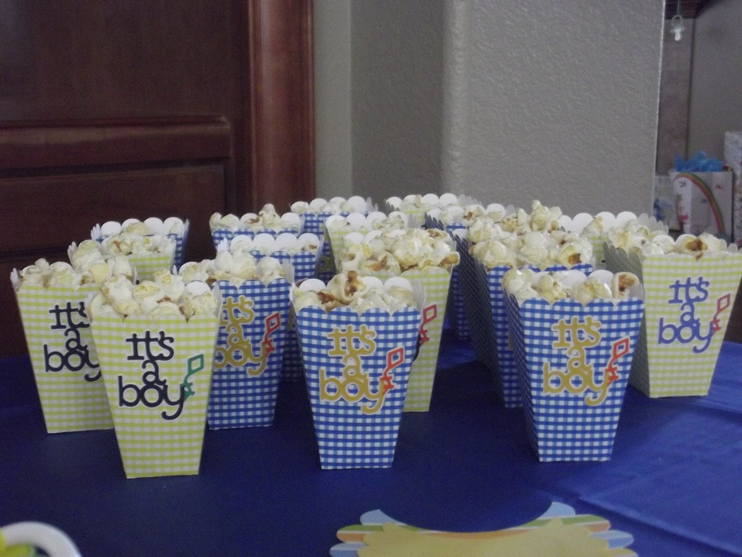 party favor box treat box snack box popcorn by scraps2flowers