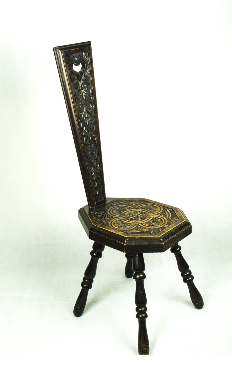 Gorgeous Antique Arts and Crafts Carved Oak Spinning Chair with a Heart Motif c1900 Made in England