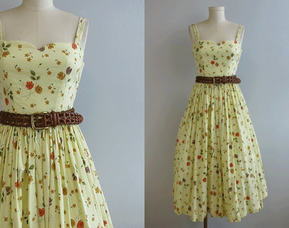 vintage 1950s sundress 50s pale yellow rose print by