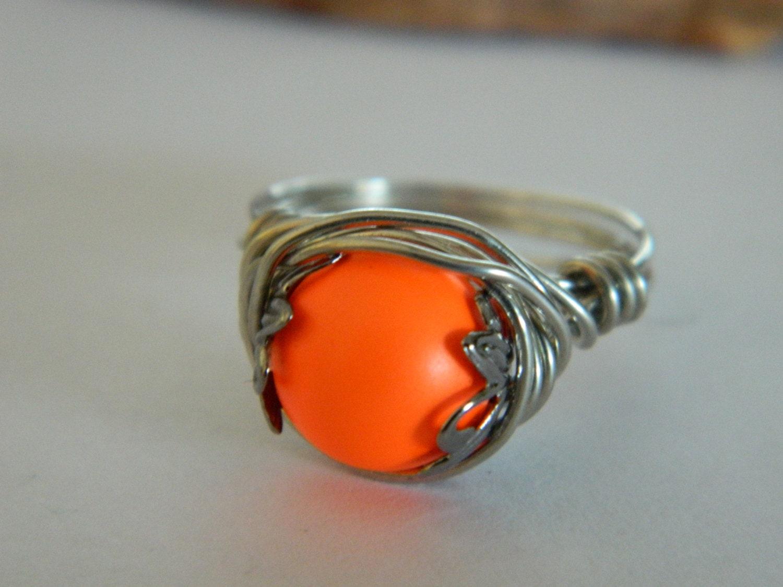 Swarovski Neon Orange Glass Pearl Silver Wire Ring - uniquenique