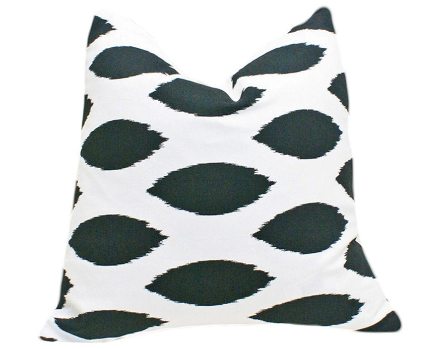 Black and White Ikat Pillows, Modern Trendy Cushion Covers, Decorative Accent Pillows Sofa Couch, Designer Fall Winter Home Decor 18x18 - PillowThrowDecor