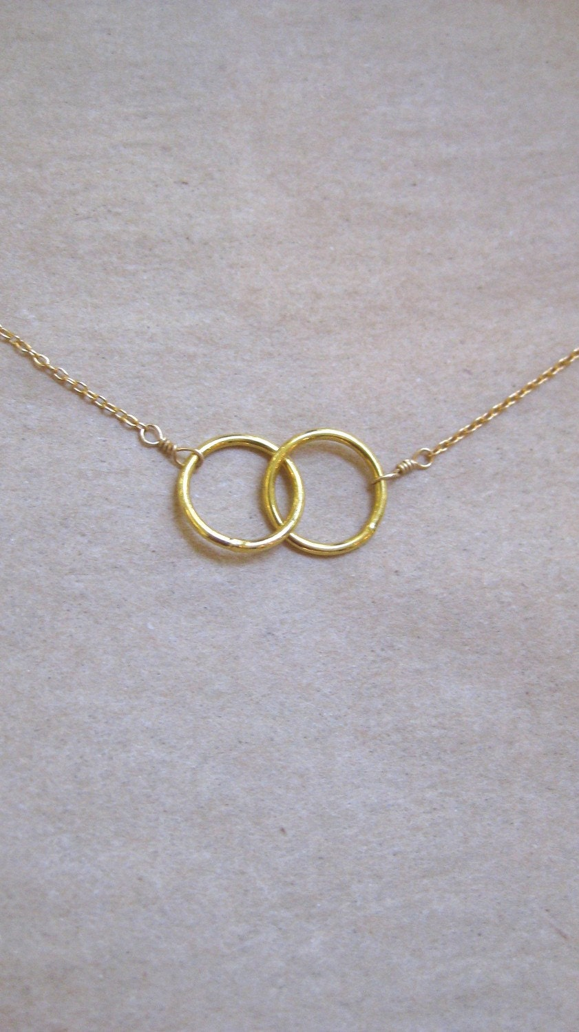 two interlocking gold circles necklace by studioro on etsy