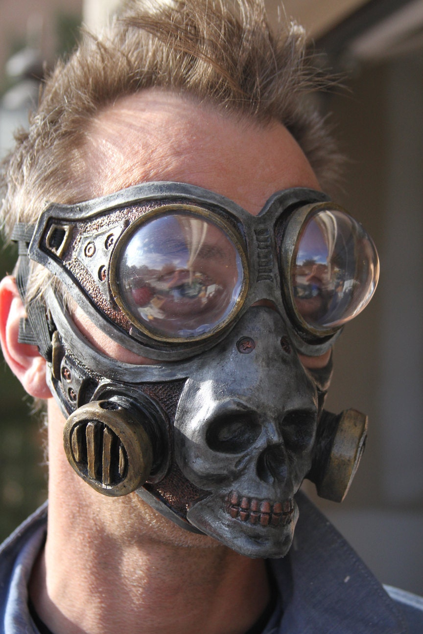 Steampunk Froggle Goggle and Skull gas mask combo set cosplay - gryphonsegg