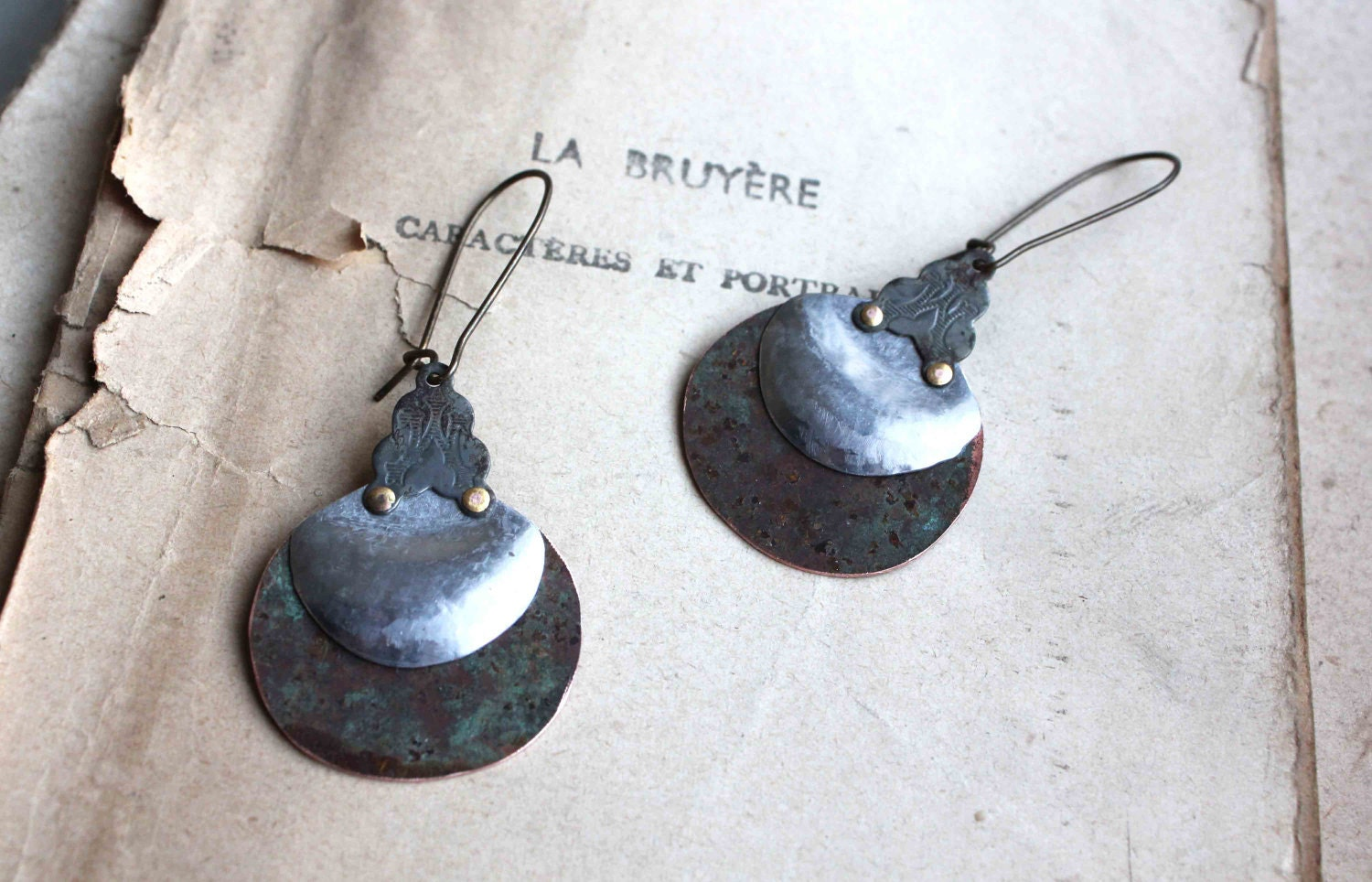 Alchemist Drops earrings verdigris silver tone rustic metallic discs