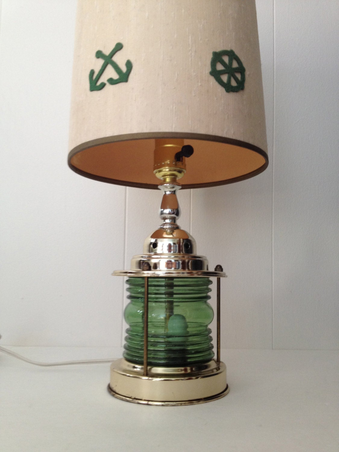 vintage nautical lantern table lamp light w decorative boat shade w. Black Bedroom Furniture Sets. Home Design Ideas