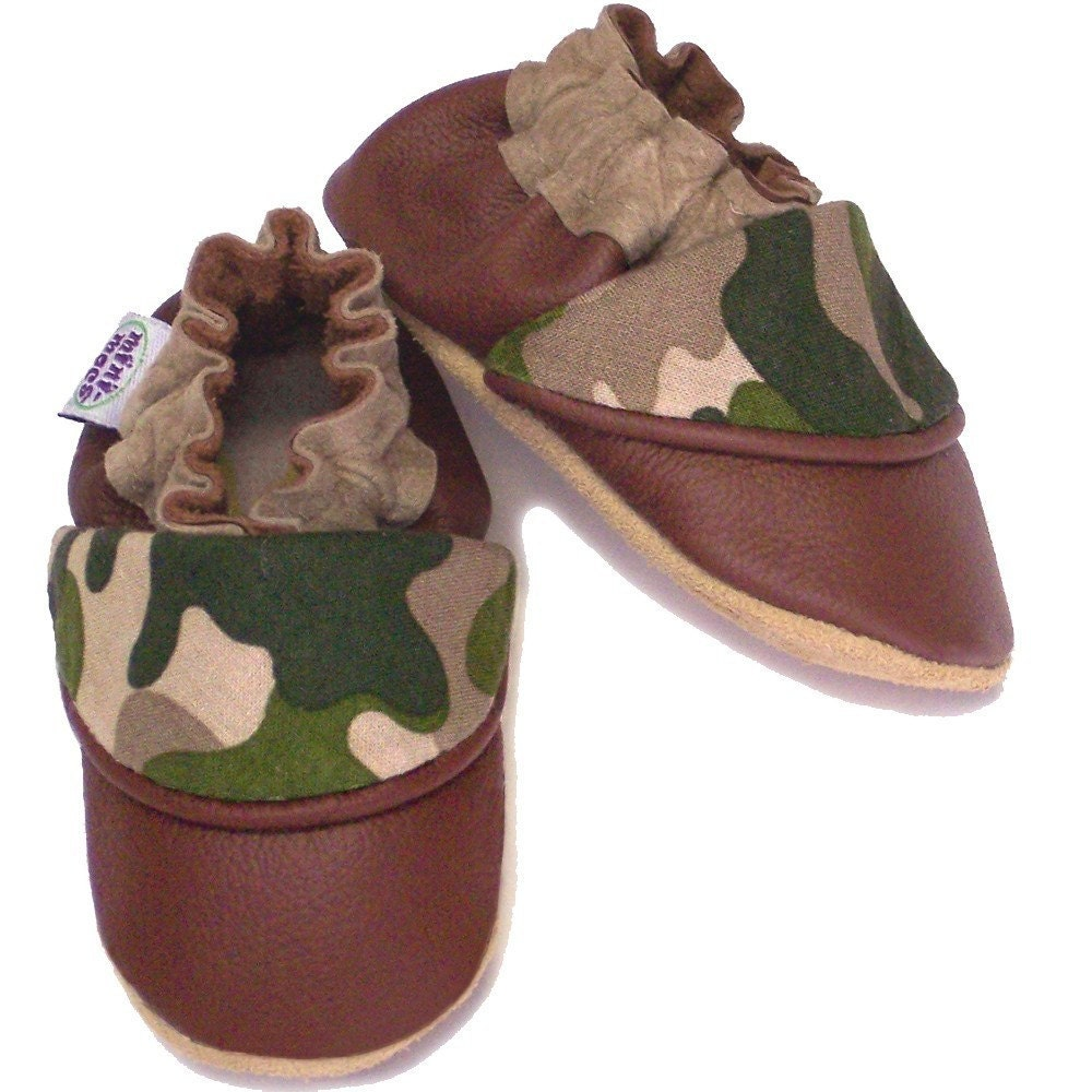 Hide and Seek (woods camo) - 4 Sizes Infant to Toddler - Soft Sole Baby Shoes - Genuine Leather Baby Shoes - myminimocs