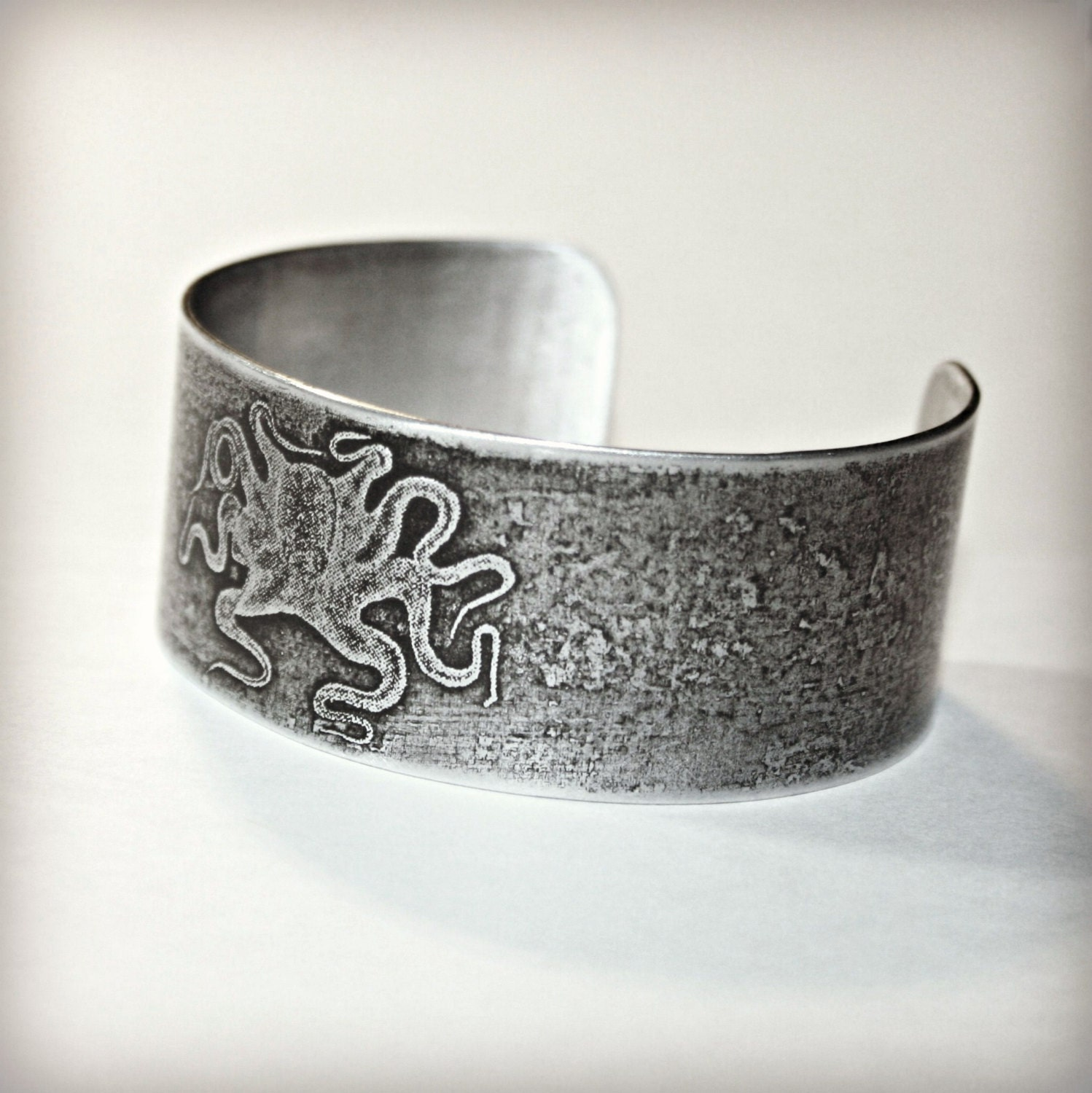 Aluminum Cuff Bracelet - Etched with Squid / Octopus Design - Can Be Personalized - hardweardesigns