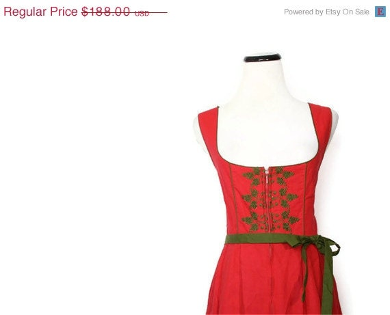 Red and Green German Austrian Dirndl Peasant Dress / Vintage Dress / Vintage Dresses / Christmas Dresses / Holiday Dresses  / 1475 - aiseirigh